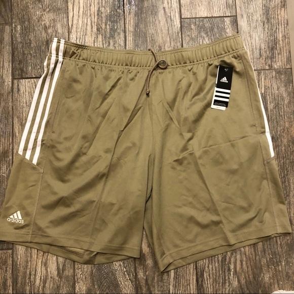 adidas shorts zipped pockets